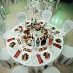 стол банкетный на 10 человек диаметром 160 см- 700 со скатертью 900 (2)