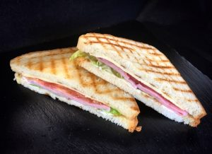Мини- сендвичи с бужениной